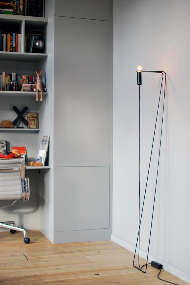 zwei lampen in schwarz kooye. Black Bedroom Furniture Sets. Home Design Ideas